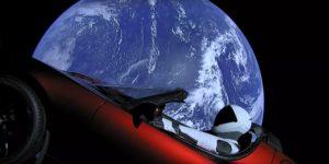 Tesla Roadster im Weltall